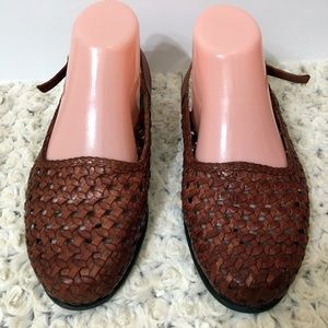 TROTTERS Slingbacks Brown 7.5 WW Brazil
